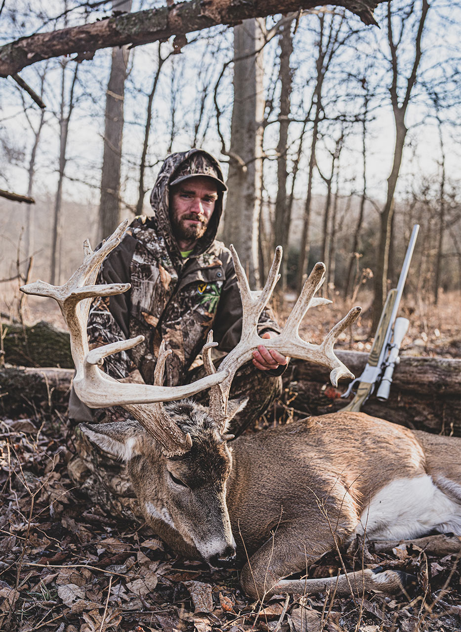Buck Kill With Large Rack Samsons Mountain Whitetail Deer