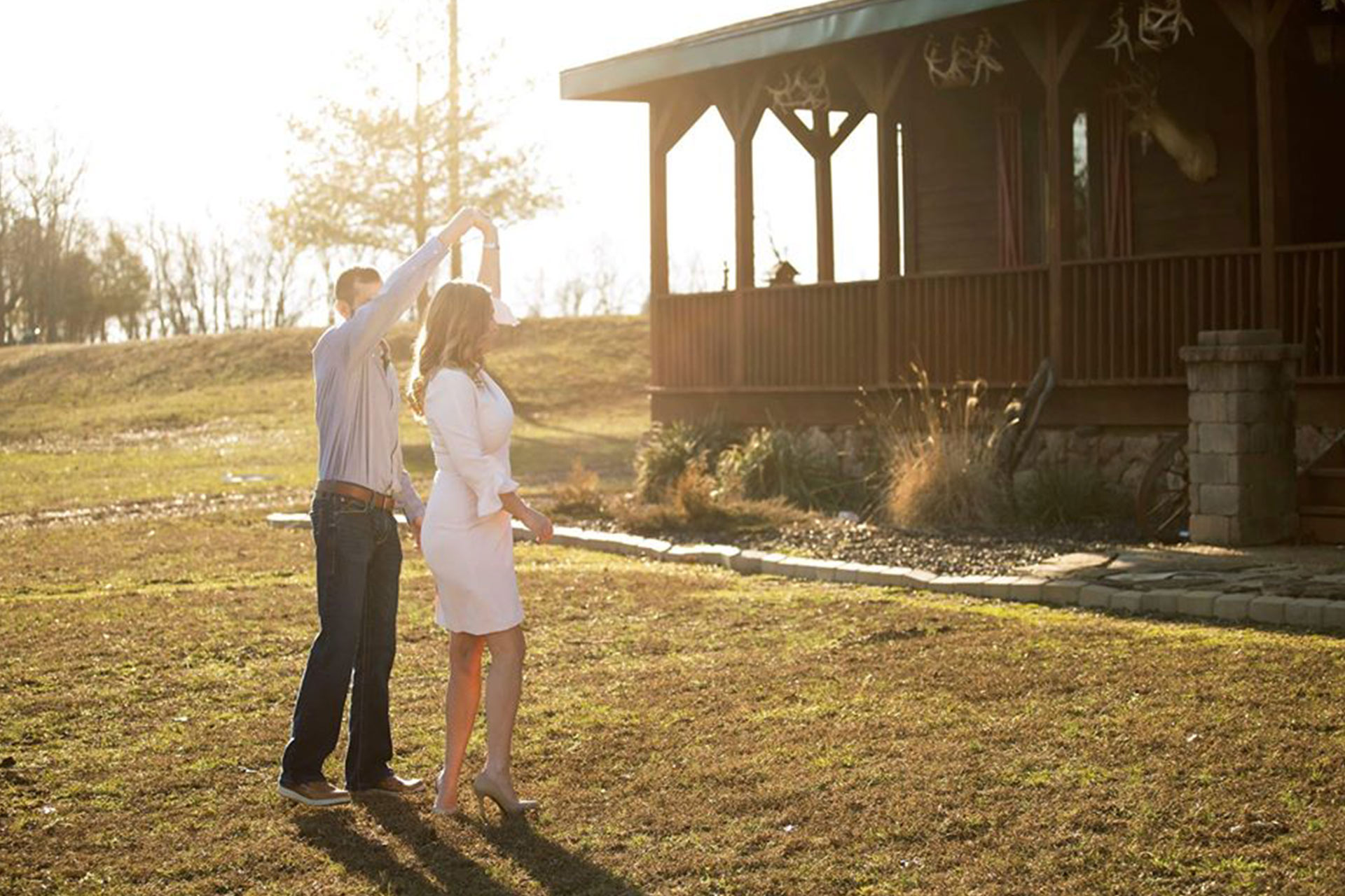 Engagement Photos At A Lodge In Southern Illinois Samsons Mountain Whitetail Deer