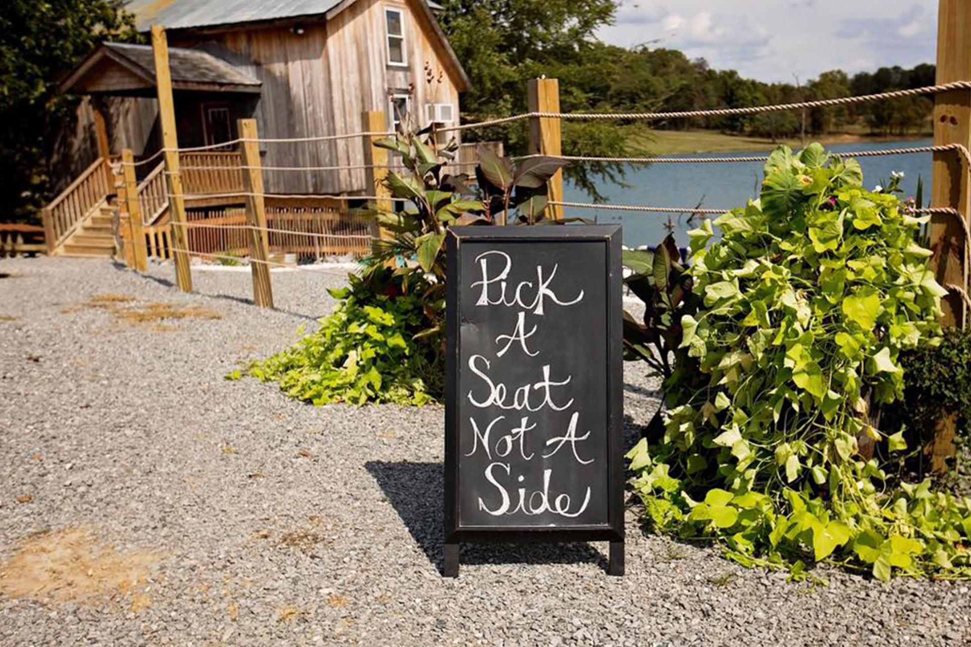 Lake Front Wedding Venue In Southern Illinois Samsons Mountain Whitetail Deer